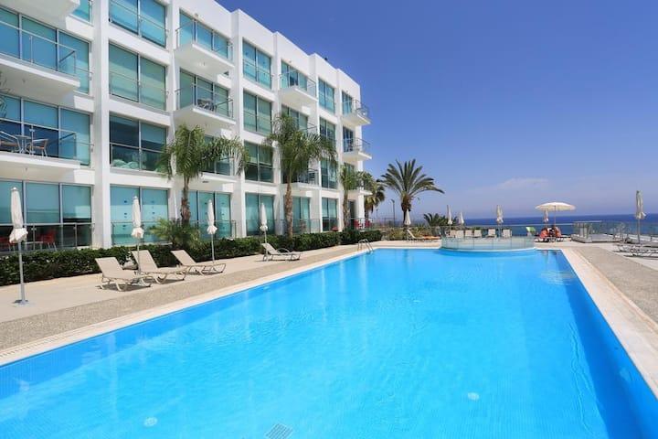 Amazing Sea View Apartment in Protaras