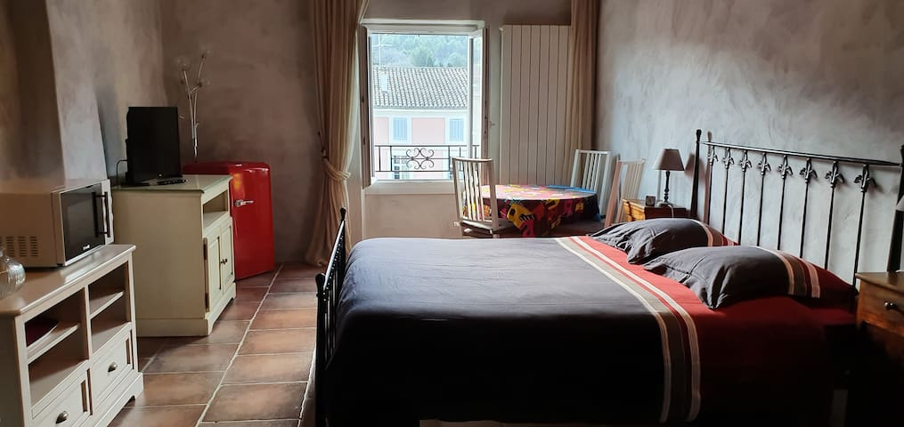 Très belle chambre privée et spacieuse
