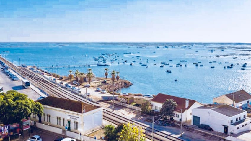 Water-view|DOWNTOWN FARO|Fast wifi+fully equipped!
