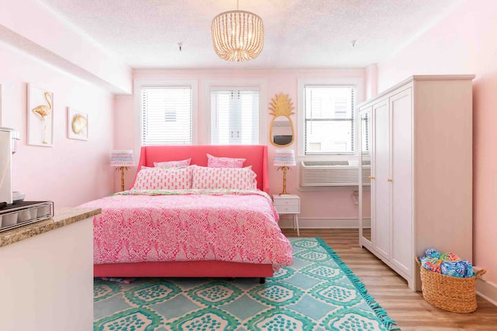 The Lilly Pad: A Lilly Pulitzer- Inspired Condo
