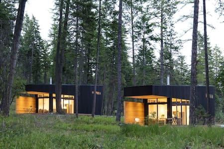 Modern Tiny House in Lakeside (The Blackfoot)