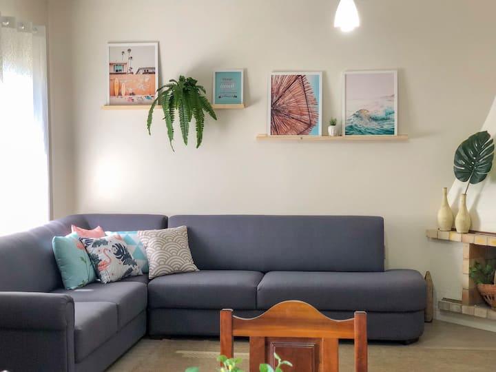Casa confortável, renovada, ampla | 3 dorm | Wi-Fi