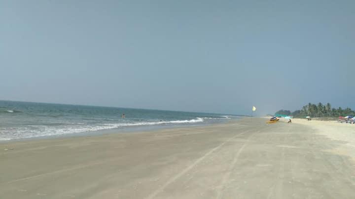 South Goa,wellfurnish balcony Apart. Zalor beach.