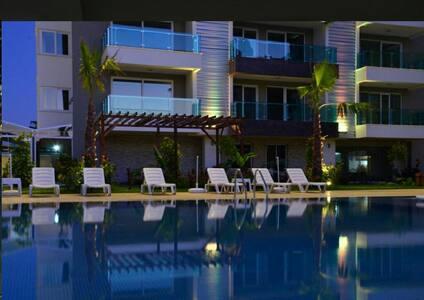 Deniz Manzaralı Rezidans dairesi - Alanya/Kestel - Apartemen