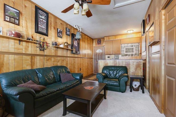 Malloy's luxurious boutique apartment