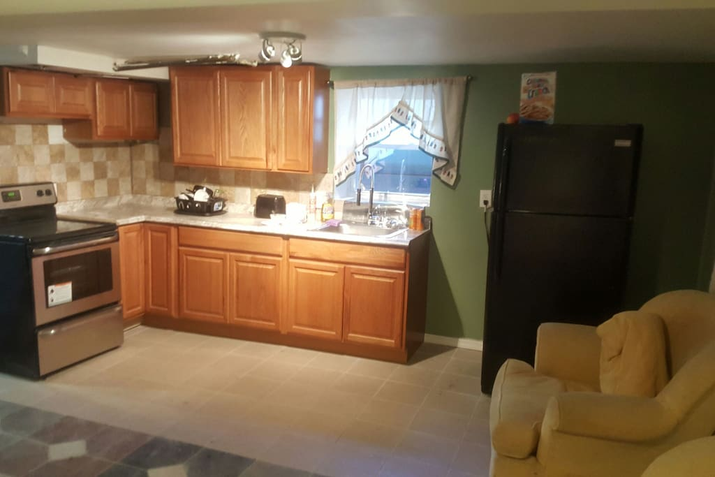 Small Studio Like Kitchen, Electric Range