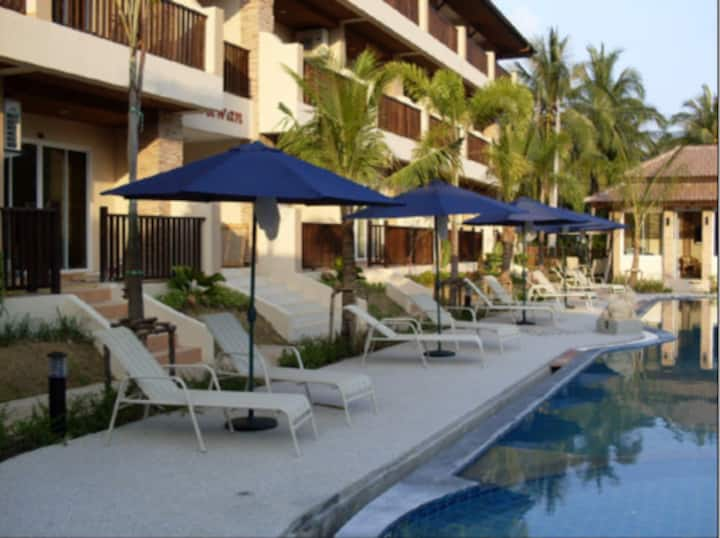 2 Bed Apt Chaweng - walk to beach