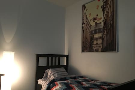 Comfy microunit in the middle of DT Vancouver! - Vancouver - Apartment