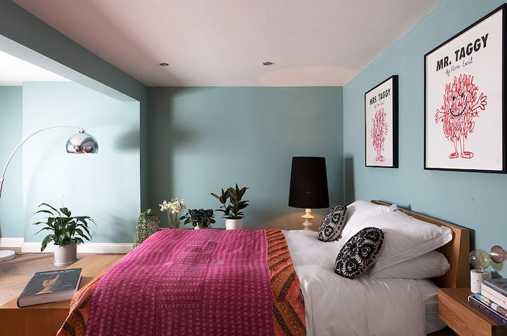 Super stylish bedroom