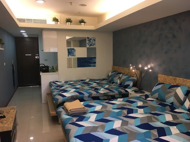 Blue Lover-Quad(2 double bed)