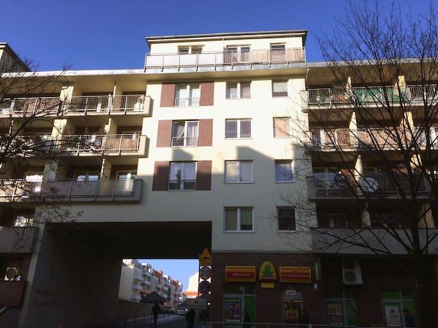 Apartament Brass-Mosiężna BLISKO CENTRUM