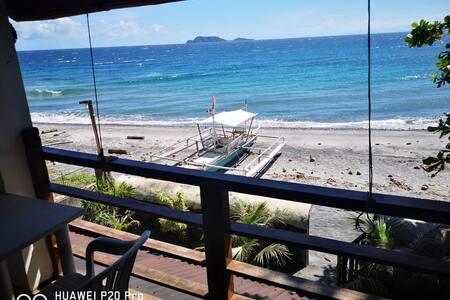 Halcyon Dive Beach House