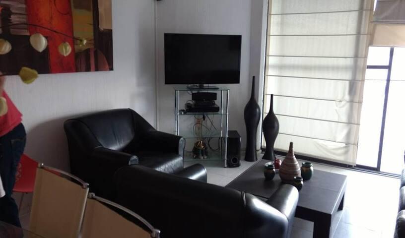 Departamento con muy buena ubicacion - Tequesquitengo - Apartamento