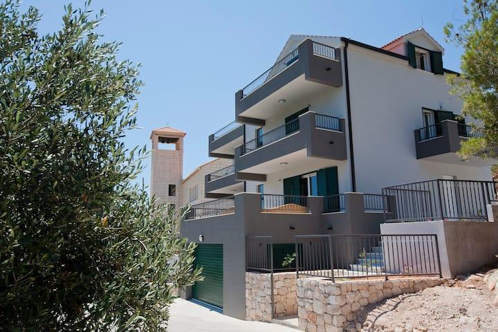 5 rooms villa Maslina