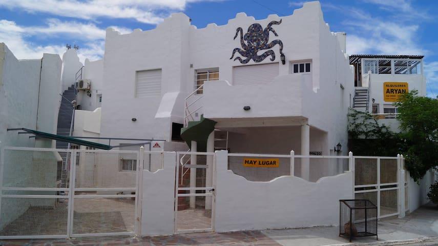 Departamentos Aryan Las Grutas- 6 Personas- (PA)