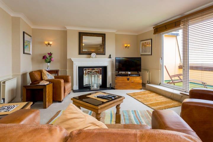 Beachcroft Penthouse Suite