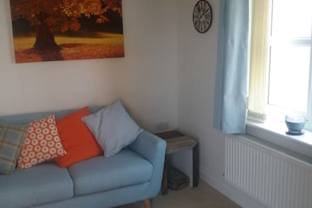 2 bedroomed flat next to sea front - Seaham - Apartmen
