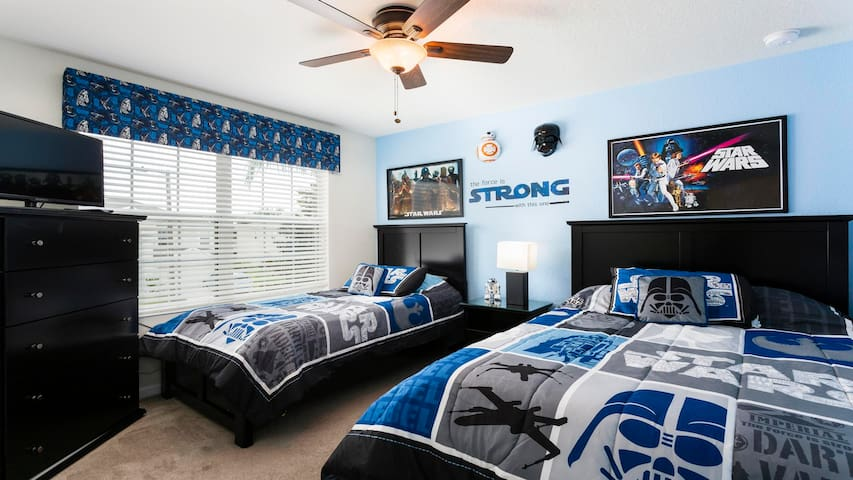 Bedroom 61.jpg