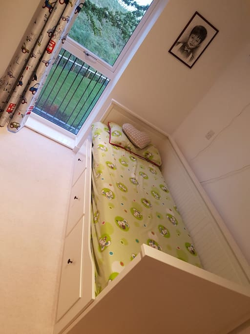 Bedroom can be converted to Double Bed, if needed.