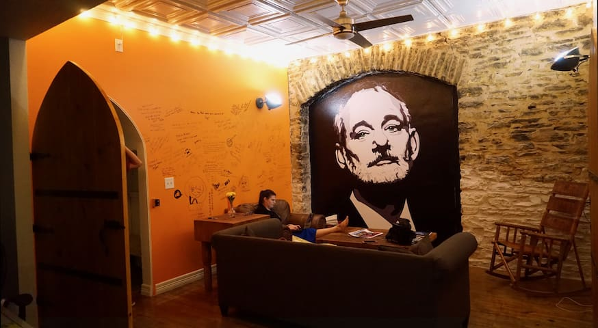 Bill Murray House - Private Room!
