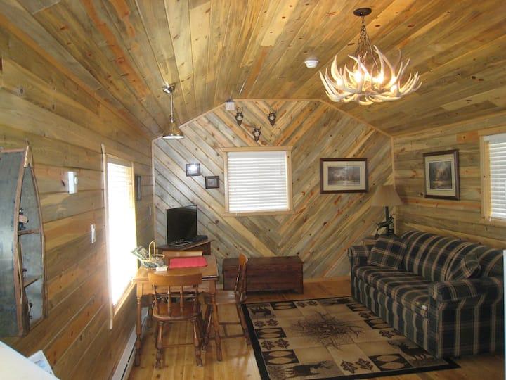 Elk Horn-Grand Lake Village - Walk to boardwalk!