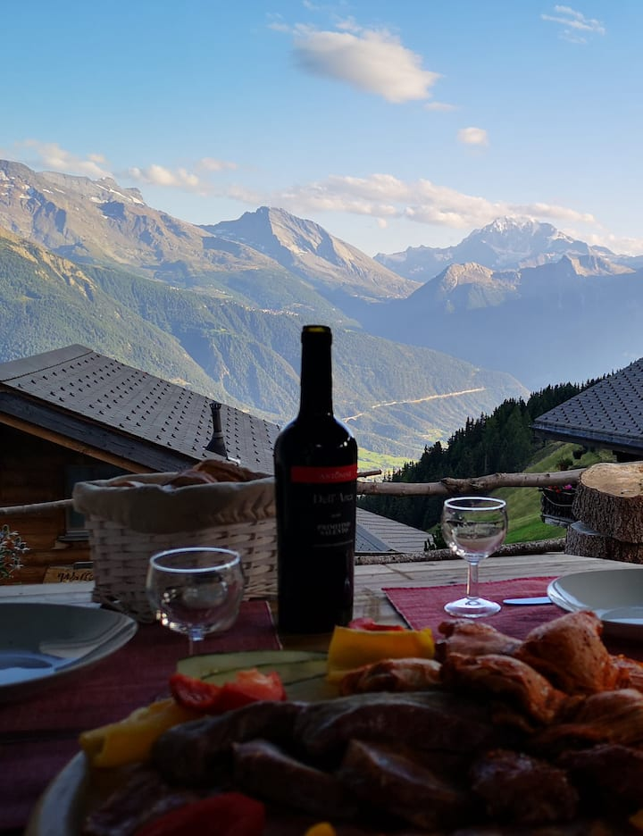 """Apartment Nr. 5 (Panoramaaussicht) / Chalet """"ARVE"""""""
