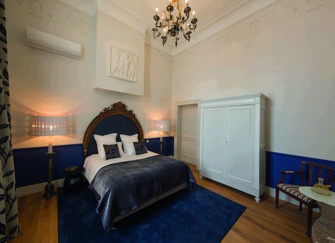 Suite Nassau - 19 ème-Suite-Honeymoon-Ensuite-Garden View