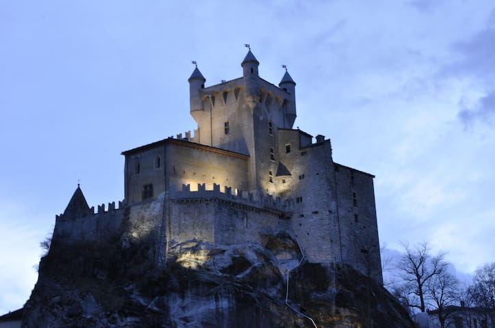 Alloggio Mansardato vista castello