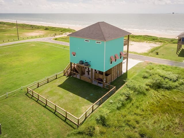 Nautibeach, Ocean View, Vacation, Dog Friendly, Sleeps 16, Crystal Beach, Texas