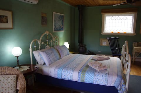 Blackwood Bed and Breakfast at Sivani House