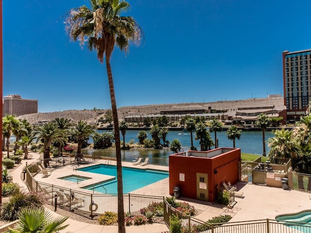 River Front Condo Bullhead City / Laughlin Nevada