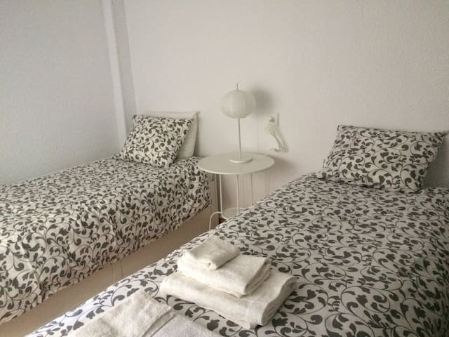 One bedroom apartment. Close to beach and centre - Guardamar del Segura - Pis