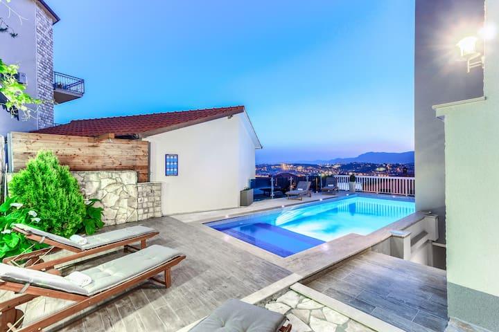 apartamento Pepa 2, piscina al aire libre