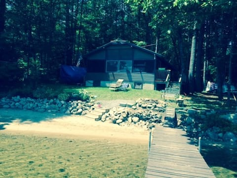 Waterfront rustic cabin with private sandy beach