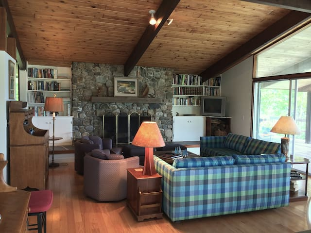 Coastal Maine Modern Deck House - Surry - 獨棟