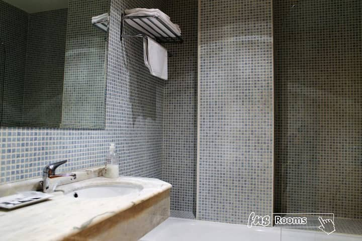 Hotel Camino Real - Individual. Baño privado