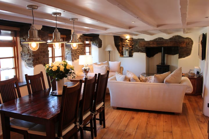 Stylish House in Village Centre Close to Beach - Croyde - Dům