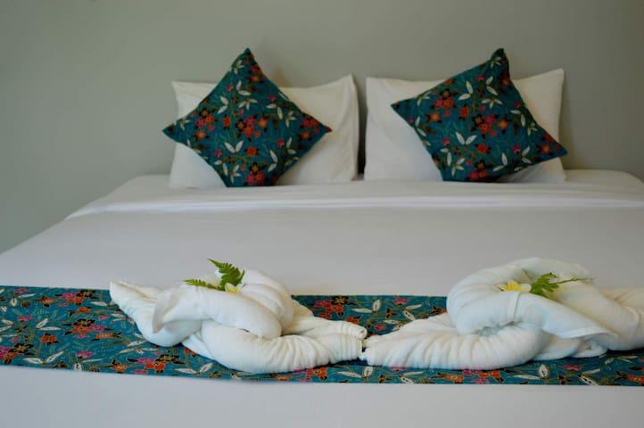Bulan Anda Baba Resort - TH - Aamiaismajoitus