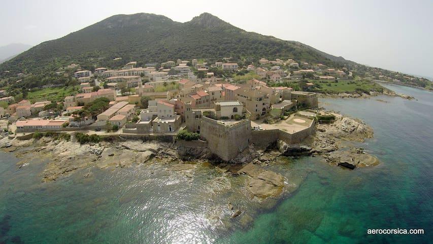 Appartement à 30 mètres de la mer - Algajola - Apartamento
