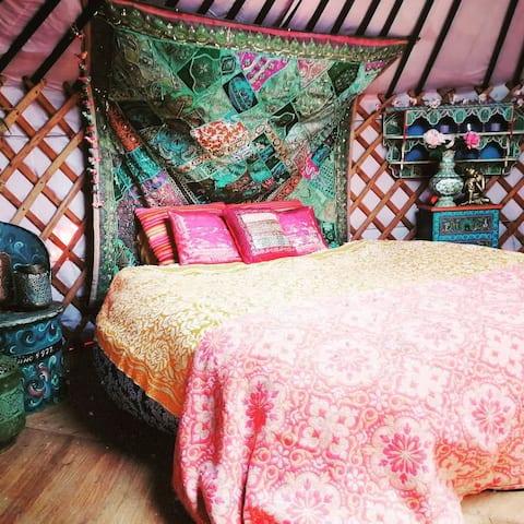 Romatic Mongolian Yurt with boho decor
