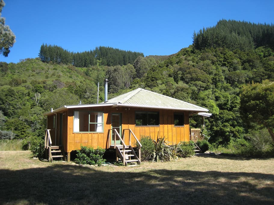 valley cottage buddhist dating site Ca california the following retreats are located in california (ca), usa retreats may take place in sonoma valley, joshua tree, the wine country.