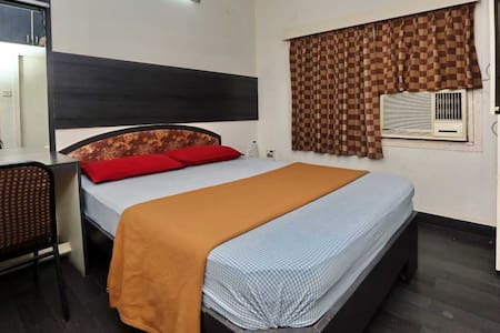 Comfy room in the heart of T Nagar, Chennai