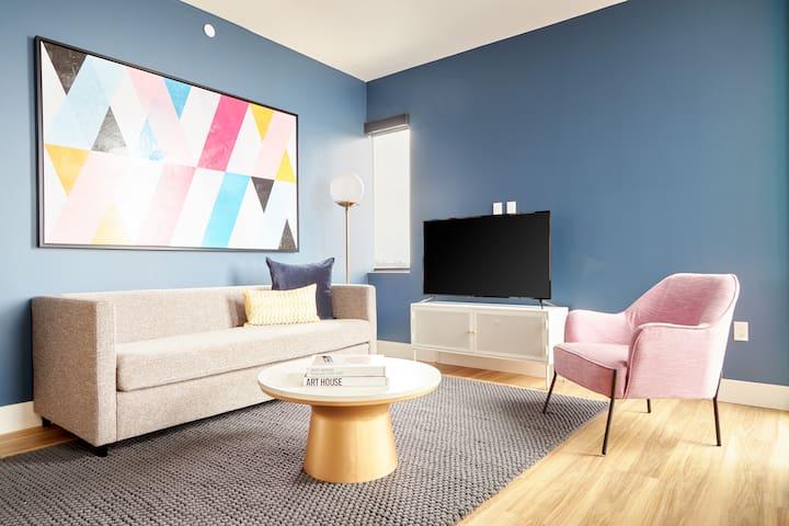 Sonder   Shift Apartments   2BR Penthouse + Lounge