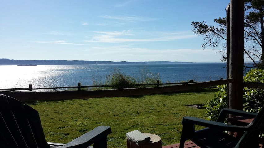 Olympic Peninsula Waterfront Home @theFishDoor - Marrowstone - House