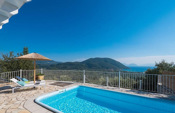 Villa Kathisma with Private Pool-Adults Only