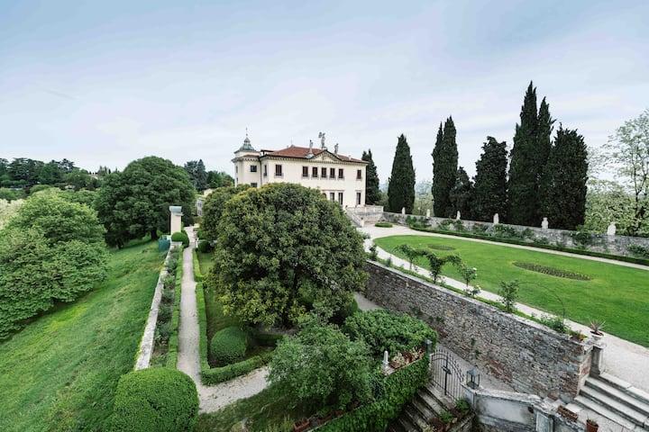 Magnifico appartamento a Villa Valmarana - Nani 2