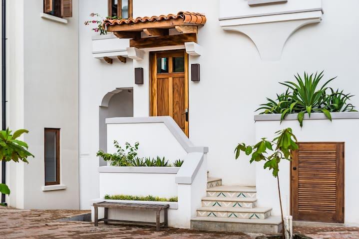 Las Catalinas 3 bedroom 3 bathroom home (sleeps 9) - Las Catalinas - Casa