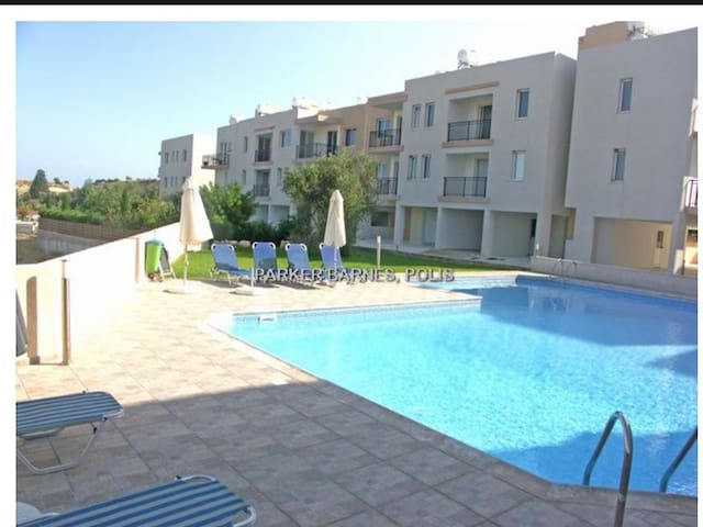 Apartment Oasis - 10 mins walk to amenities