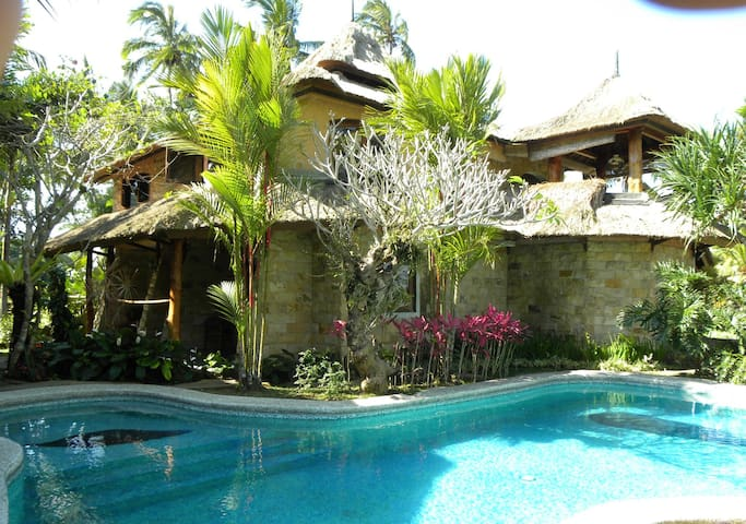 5 bed room in the middle of the rice terraces