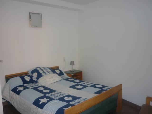 chambre 1 (lit 2 personnes)